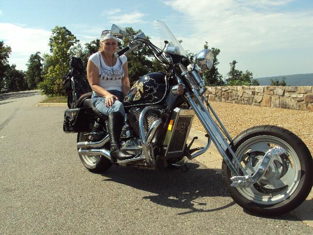 Sandyhook Mississippi Bike Rally-jeannie-keeping-seat-hot.jpg